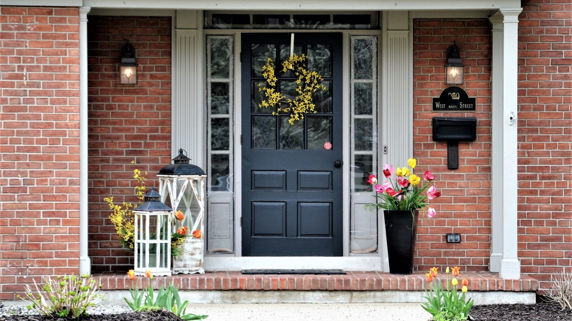 L'entretien de l'extérieur, important pour la vente d'un bien immobilier.